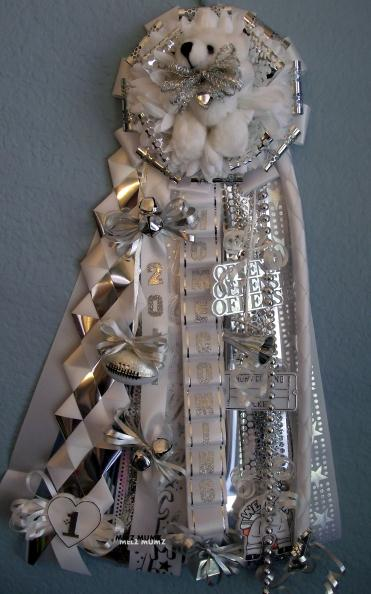 Christmas Homecoming Mum.Homecoming Mums That Time Of Year Again Vintage Scrapping