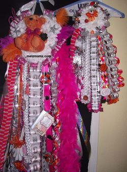 melzmumz.com Matching Triple Homecoming Mum and Garter Alvin HS