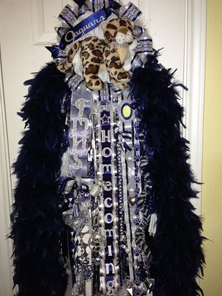 MEGA Super Size Single Homecoming Mum made by www.melzmumz.com